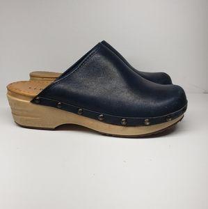 L.L. BEAN Navy Wooden Mule Clogs